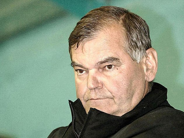 Vladimír Vůjtek se smutnou novinu o pádu letadla s hokejisty Jaroslavle dozvěděl cestou na Slovensko.