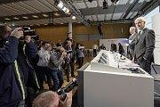 Tisková konference vedení automobilky Volkswagen na podzim 2015, kdy vypukl skandál s úpravou softwaru dieselových motorů.