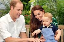 Princ William s manželkou Kate a prvorozeným synem.
