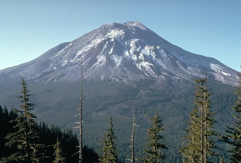 Hora svaté Heleny den před ničivou erupcí