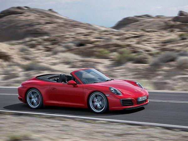 Porsche 911Carrera SCabriolet.