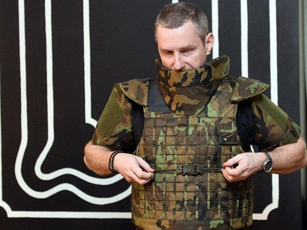 Ministerstvo obrany koupí neprůstřelné vesty pro vojáky působící v Afghánistánu.
