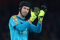 Petr Čech byl hrdinou zápasu mezi Arsenalem a Liverpoolem