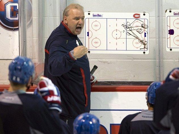 Kouč Michel Therrien na tréninku Montrealu.