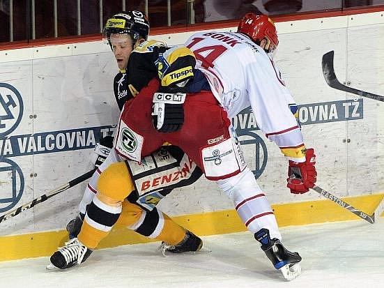 Litvínovští hokejisté dokázali porazit Třinec na jeho ledě.