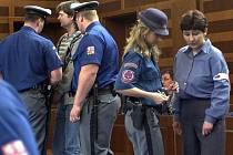 Manželé Jaroslav a Dana Stodolovi, pachatelé osmi vražd a dalších trestných činů, byli 26. dubna 2004 odsouzeni Krajským soudem v Hradci Králové na doživotí do věznice se zvýšenou ostrahou.