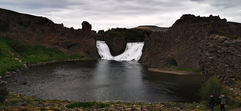 Dvojitý vodopád Hueynjsfjara