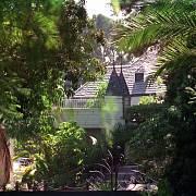 SÍDLO JOHNNYHO DEPPA. Vila v Hollywoodu.