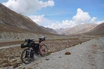 Nicotný v pustinách Pamíru - promítání foto + povídání o cestě