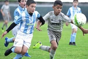 Cristiano Ronaldo junior (vpravo).