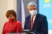 Ministryně financí Alena Schillerová a ministr průmyslu a obchodu Karel Havlíček.