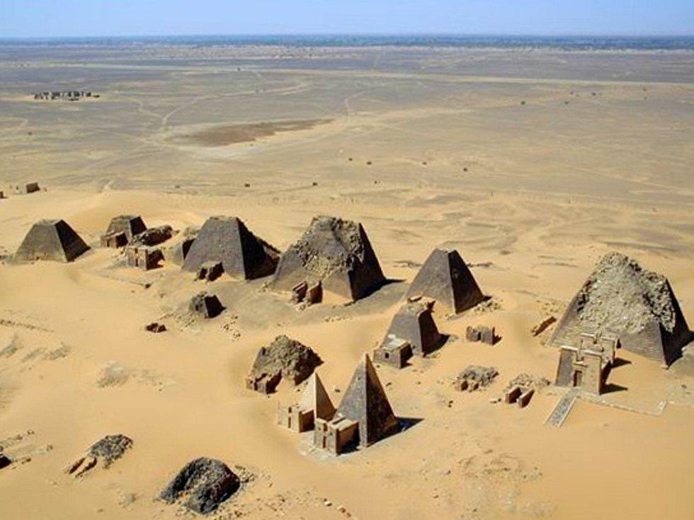 Pyramidy v Maroe.