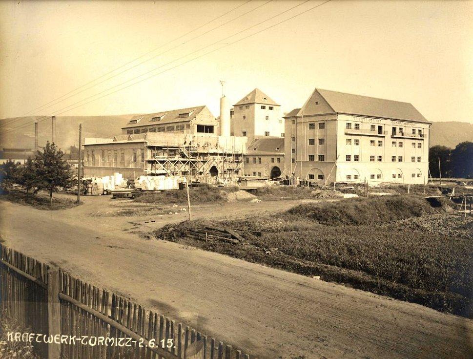 Teplárna Trmice - pohled z nynější Edisonovy ulice (2.6.1915)