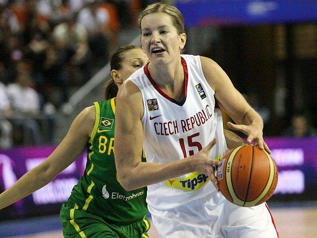 České basketbalistky porazily v závěrečném duelu osmifinálové skupiny na mistrovství světa v Brně Brazílii 84:70. Do čtvrtfinále postoupí ze třetího místa ve skupině.