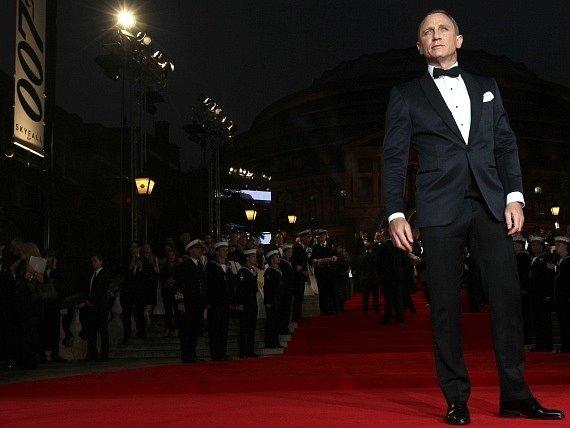 Herec Daniel Craig na premiéře nové bondovky Skyfall