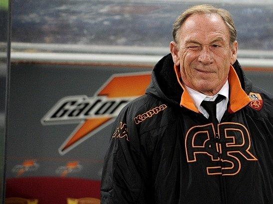 Zdeněk Zeman na lavičce AS Řím.