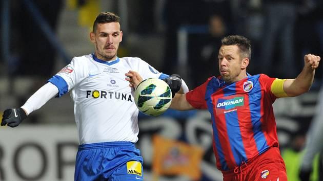 Pavel Horváth z Plzně (vpravo) a Renato Kelič z Liberce.