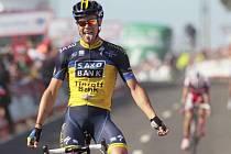 Irský cyklista Nicolas Roche v cíli 2. etapy španělské Vuelty.