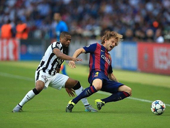 Barcelona vs. Juventus: Paul Pogba a jeho skluz