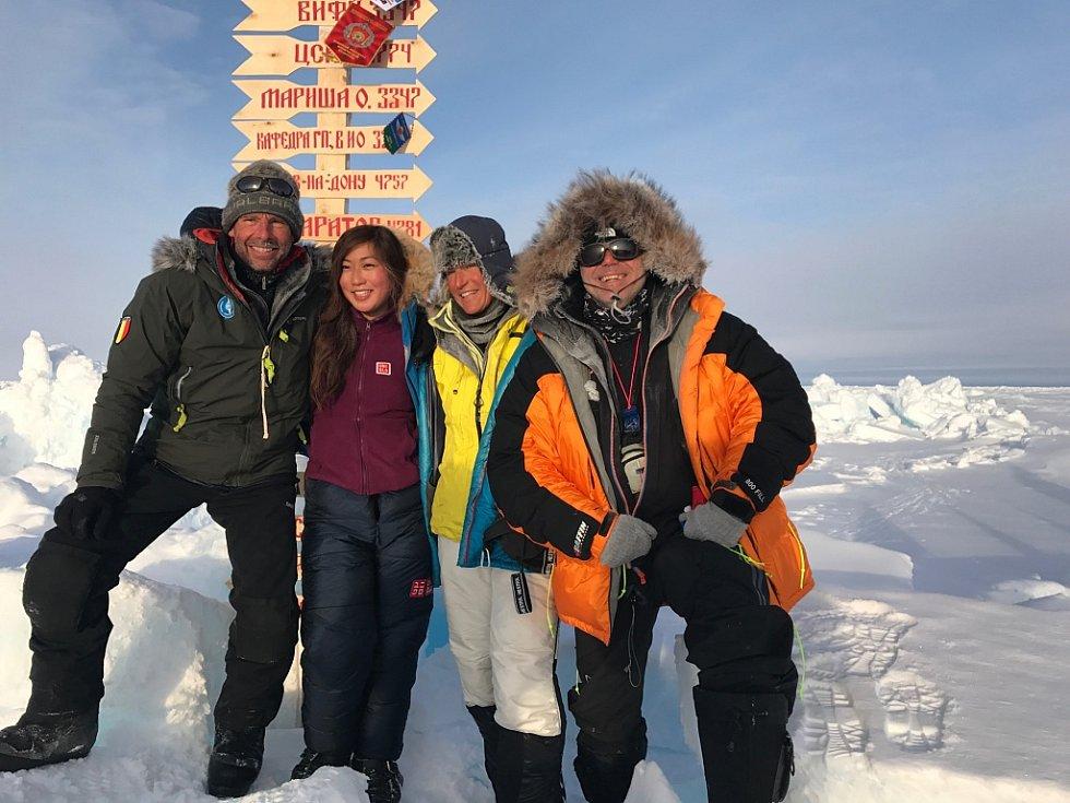 Miliardář Pavel Sehnal na severním pólu.