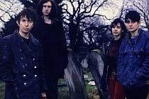 My Bloody Valentine se proslavili ale především díky tomu, že na přelomu 80. a 90. let minulého století svými deskami Isn´t Anything a Loveless zásadním způsobem ovlivnili podobu rockové hudby.