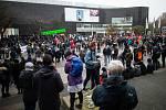 Demonstrace odpůrců opatření proti šíření koronaviru v Düsseldorfu