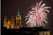 Novoroční ohňostroj 2015 v Praze.