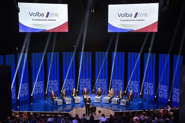 Debata kandidátů na českého prezidenta, kterou uspořádala 11. ledna v pražském Kongresovém centru Česká televize.