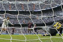 Real Madrid - Barcelona: Cristiano Ronaldo proměnil penaltu