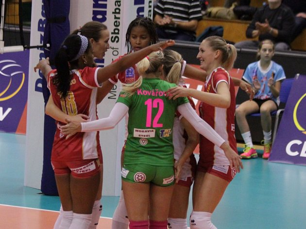Volejbalistky Prostějova v zápase proti Eczacibasi Istanbul.