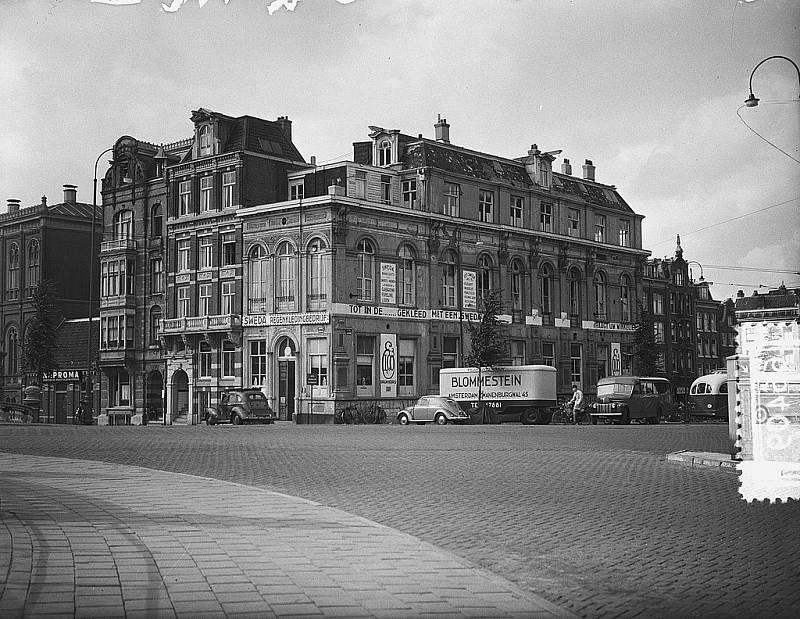 Snímky amsterdamského ghetta od fotografa Joopa van Bilsena vznikly 29. července 1954