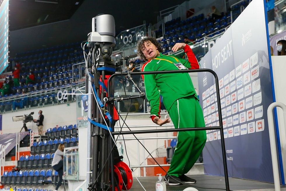 Michal Pogány kdysi přivedl k medailím Šárku Kašpárkovou, v Toruni se představil jako kouč maďarského výškaře Dániele Jánkovicse.