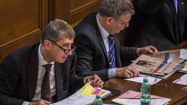 Jednání Poslanecké sněmovny, 19. 6. 2015