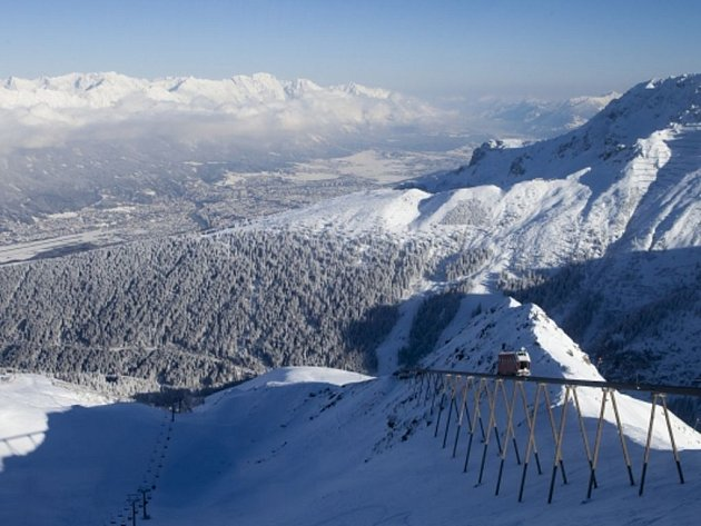Sezóna lyžování v Česku končí. Zajezdit si ale ještě můžete v Rakousku