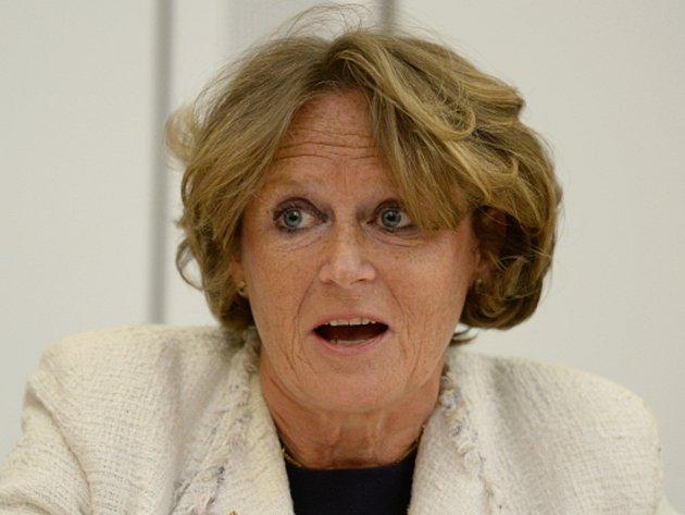 Členka britské Sněmovny lordů, baronka Anne Jenkinová.