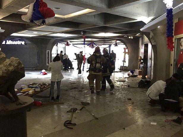 Výbuch v metru zranil několik lidí.
