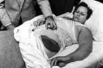 Čtyřiatřicetiletá Ann Elizabeth Fowler Hodgesová v nemocnici, kde se zotavovala po zásahu meteoritem