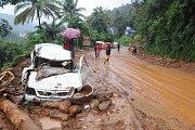Indickou Kéralu sužují mohutné záplavy.