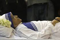 Ve věku 81 let dnes v Indii zemřela řádová sestra Nirmala Džóšíová, která byla nástupkyní Matky Terezy v čele řádu Misionářek milosrdenství.