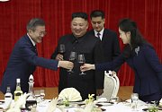 Summit Jižní a Severní Koreje. Prezident Mun Če-in a vůdce Kim Čong-un