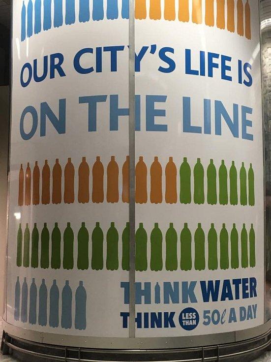 Kampaň za šetření vodou.