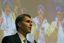 Předseda Českého olympijského výboru Jiří Kejval na zasedání pléna.