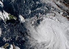 Satelitní snímek hurikánu Maria.