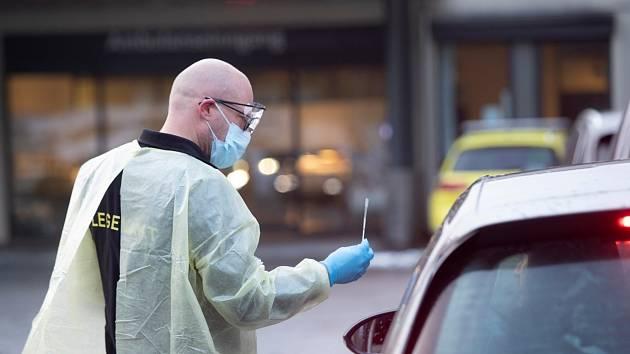 Testy na koronavirus v Norsku. Ilustrační snímek