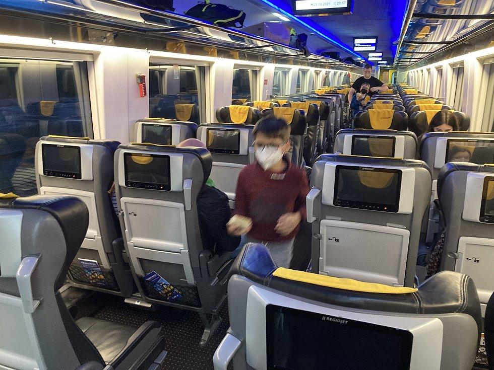 V pátek 28. května vyjel z Prahy první letošní speciální vlak s turisty směřujícímu na dovolenou do Chorvatska.