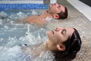 Perličková koupel je čtvrtá nejoblíbenější procedura českých lázeňských hostů.