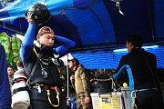 Guvernér Narongsak Osotthanakorn chce pomoci k záchraně uvězněných chlapců co nejdříve.