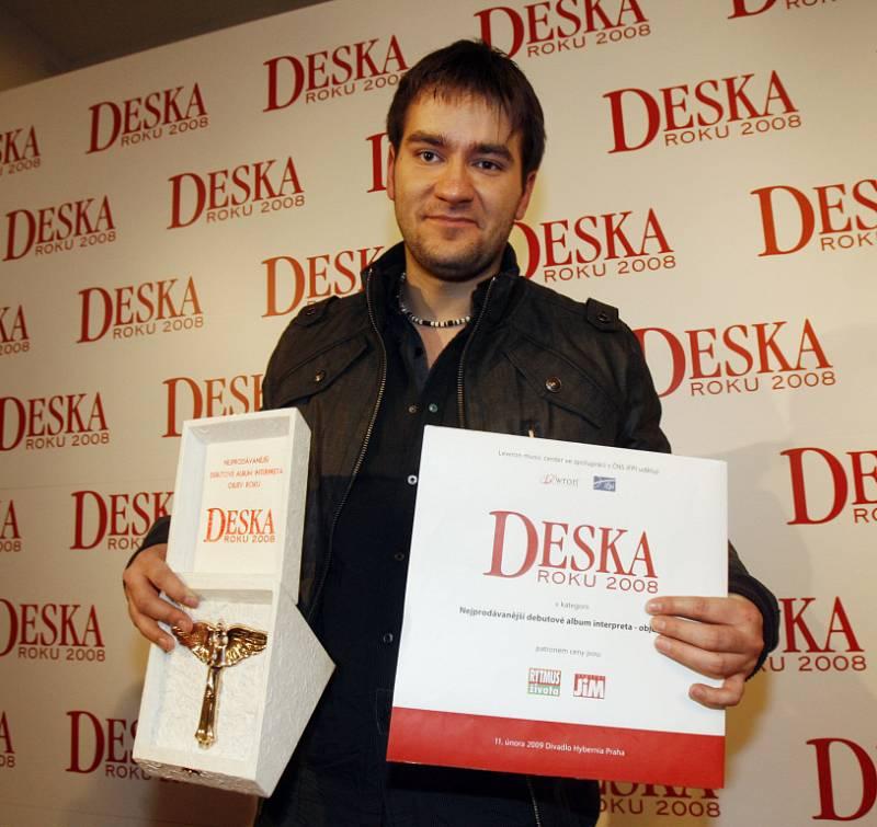 Marek Ztracený získal ocenění v kategorii nejprodávanější debutové album. Za album Ztrácíš.