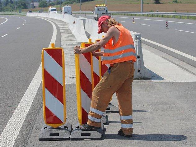 Stavbaři začali v červenci s opravami dálnice D-47