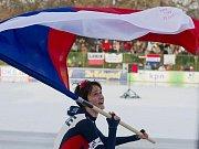 Martina Sáblíková se raduje ze zisku zlaté medaile na mistrovství Evropy v Budapešti..